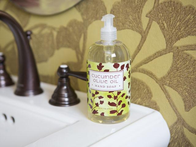 isle-bottled-hand-soap